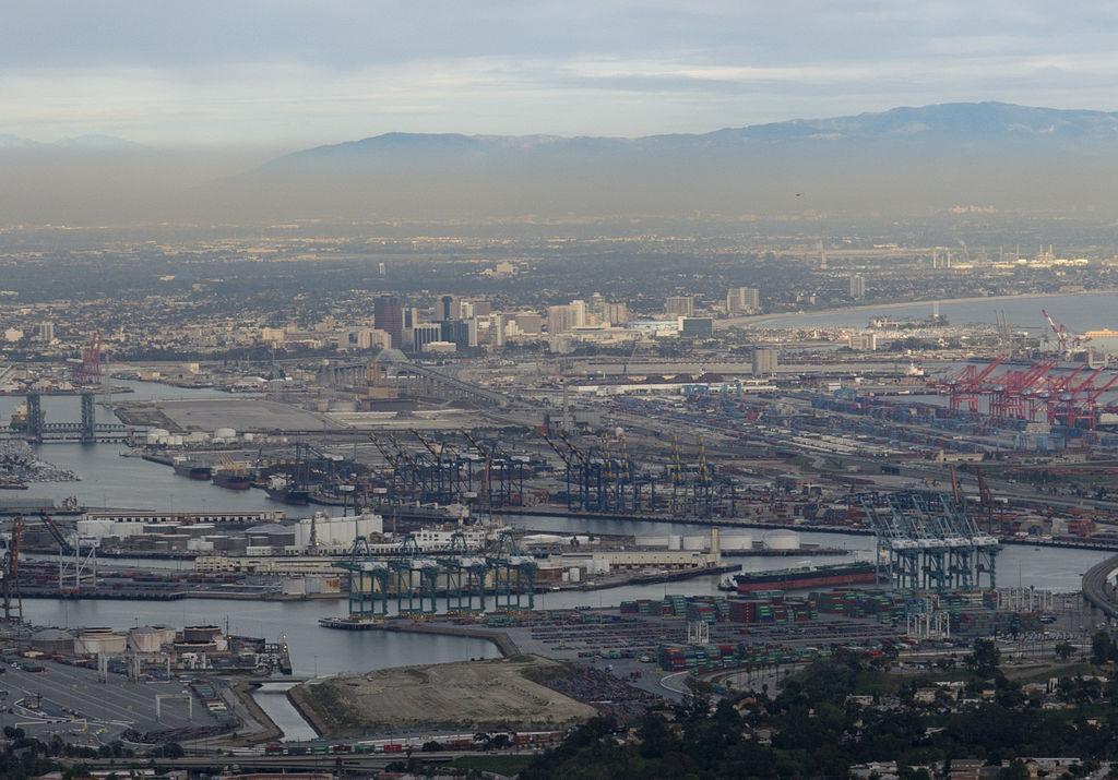 1024px-LA-port+Long-Beach1